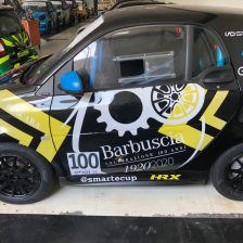Marco Mosconi sale sulla smart e-cup del Team Barbuscia