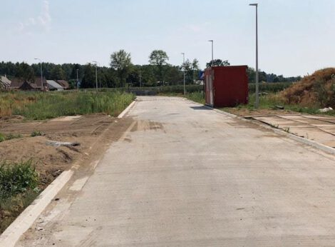 Sociale koopwoningen in Bachte-Maria-Leerne (Deinze) krijgen vorm, bouw van sociale koopwoningen gestart.
