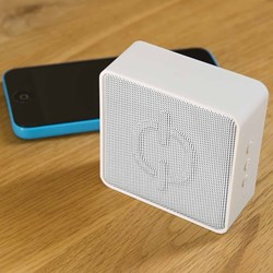 Compact Portable Bluetooth Speaker | Powerful iBass Sound