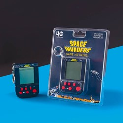 Space Invaders Retro Keyring Game