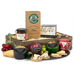 Cheese & Biscuits Christmas Hamper