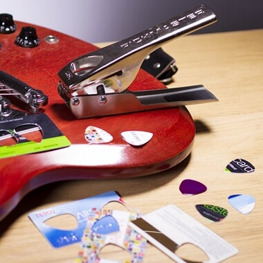 Pickmaster Plectrum Punch V2