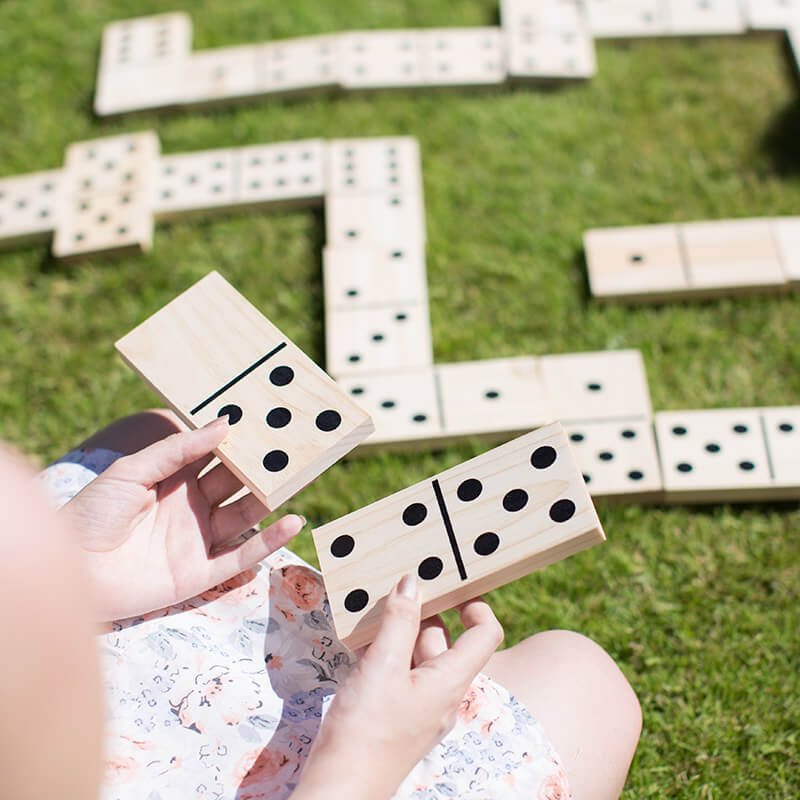 Summertime Games - Giant Dominoes