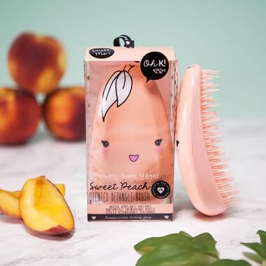 Oh K! Sweet Peach Scented Detangle Brush