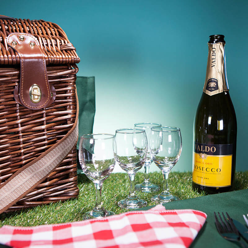 Luxury Dark Willow Four Person Picnic Basket