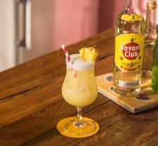 Przepis na Pina Coladę Havana Club