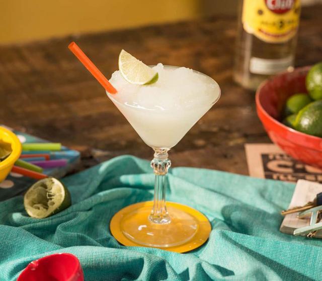 Frozen daiquiri recipe rum cocktails havana club for Cocktail daiquiri
