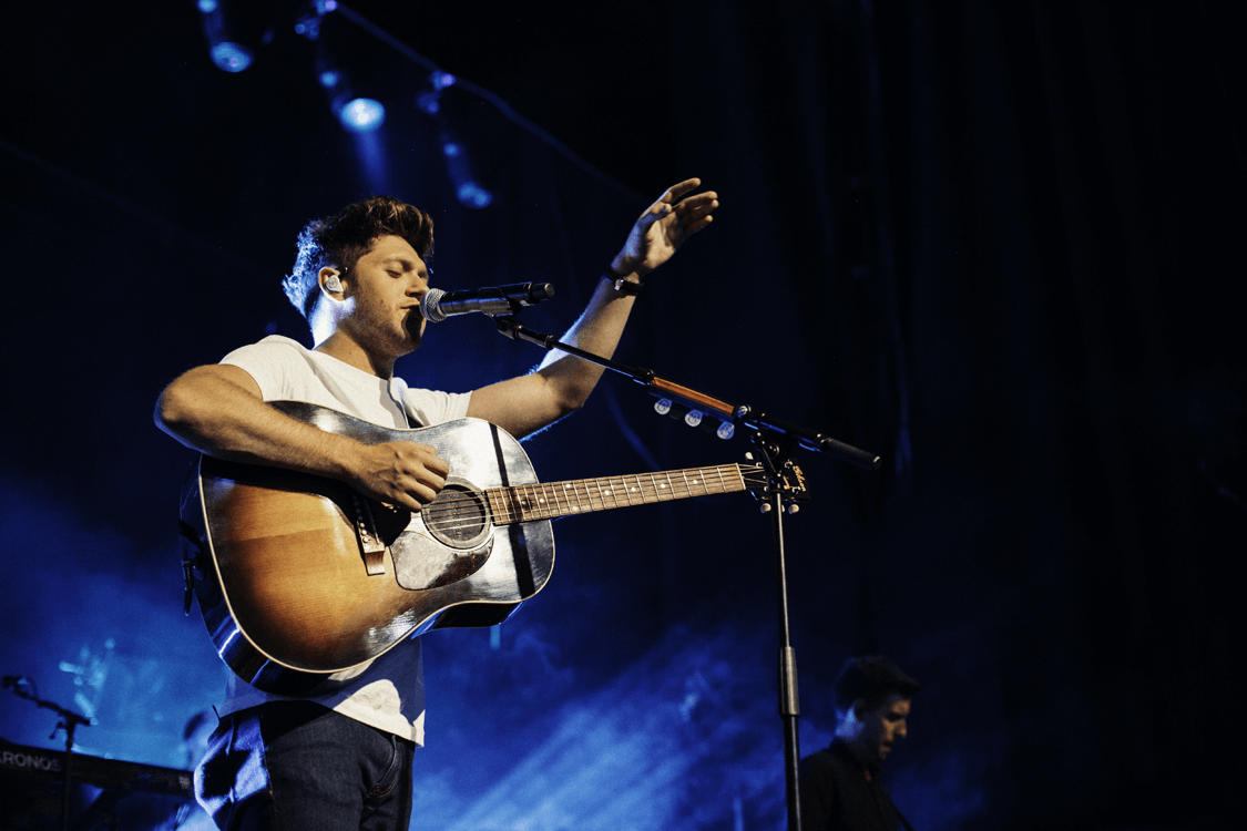 Niall horan vip meet greet niall horan o2 apollo niall horan vip meet greet niall horan o2 apollo manchester priority kristyandbryce Image collections