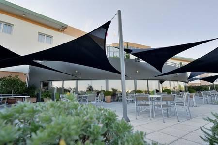 Restaurant La Garrigue, Restaurant Juvignac  #0