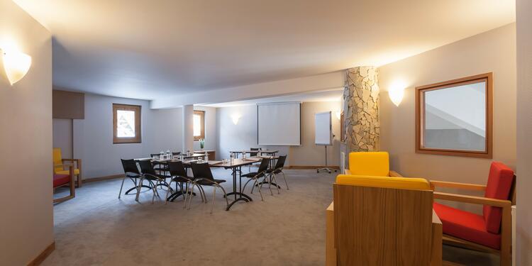 Royal Ours Blanc Hôtel & Spa, Salle de location Huez  #0