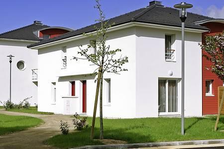 Univea Suites Confort Nantes La Beaujoire, Salle de location Nantes  #0