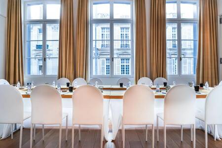 Hôtel Marignan : Suite Prestige, Salle de location Paris Champs Elysées #0
