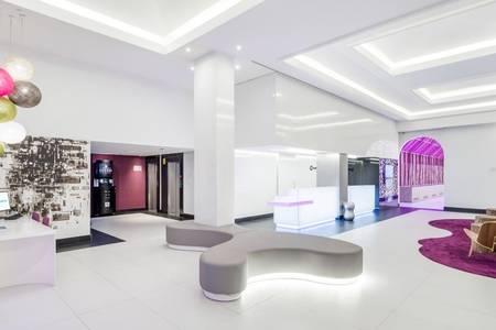Ilunion Suites Madrid, Sala de alquiler Madrid La Castellana #0