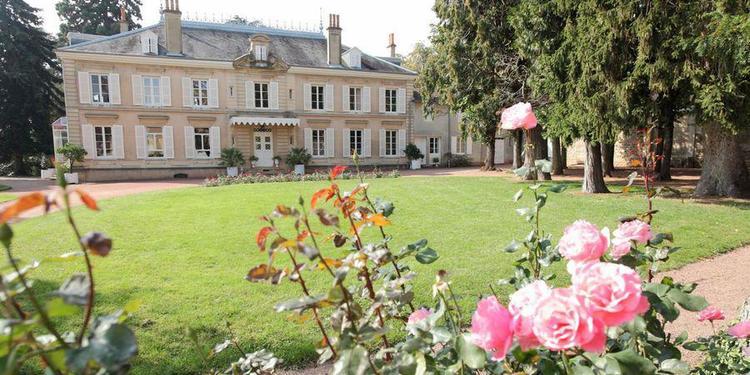 Château Des Ravatys, Salle de location Saint-Lager  #0
