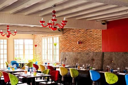 Les Canisses, Restaurant Gaillon  #0