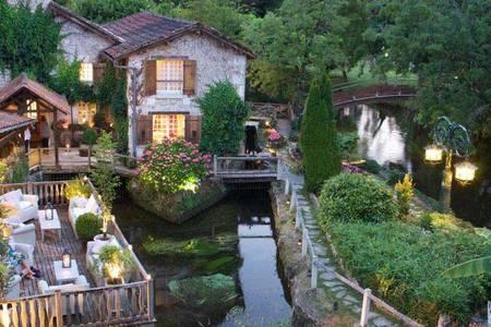 Le Moulin Du Roc, Salle de location Champagnac-de-Belair  #0