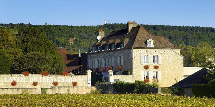 Castel De Très Girard ****, Salle de location Morey-Saint-Denis  #0
