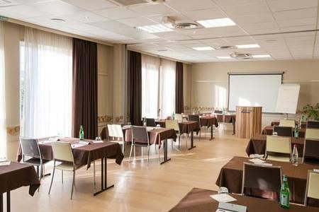 Kyriad Strasbourg Nord - Palais Des Congrès, Salle de location Schiltigheim  #0