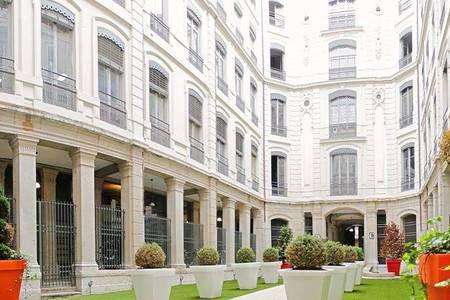 Centre D'Affaires Le 21, Salle de location Lyon Terreaux - Bat d'argent #0