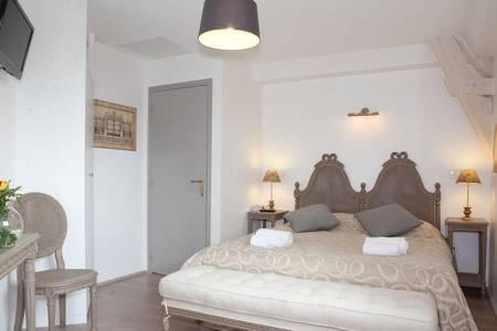 Hostellerie de Varennes, Salle de location Varennes-Jarcy  #0