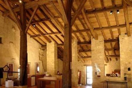Maison De Vins De L'Entre-Deux-Mers, Salle de location La Sauve  #0