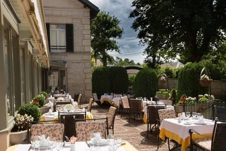 Hotel Relais D'Aumale, Salle de location Orry-la-ville  #0