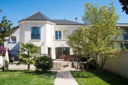 Villa Piscine & Jacuzzi, Salle de location Créteil  #0