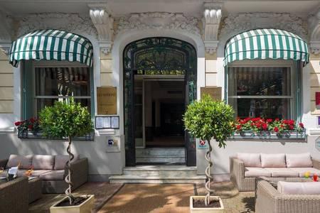 Hotel The Originals Vichy Les Nations, Salle de location Vichy  #0