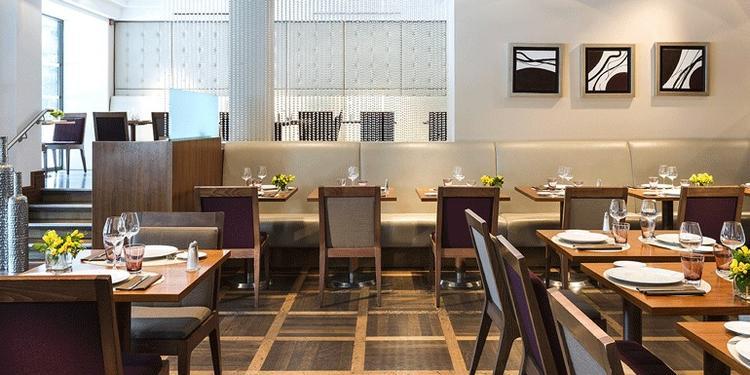Le Dix (Restaurant), Restaurant Paris République #0
