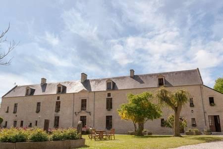 Hotel The Originals Domaine De La Rançonnière Et De Mathan, Salle de location Tierceville  #0