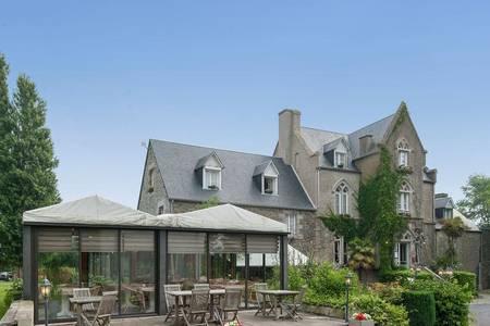 Hotel The Originals Manoir De La Roche Torin, Salle de location Courtils  #0
