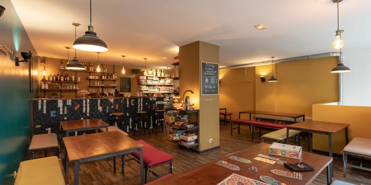 Les Mauvais Joueurs, Bar Paris Roquette #0