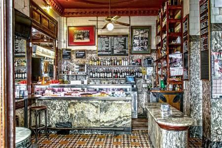 Stop Madrid, Bar Madrid Malasaña #0