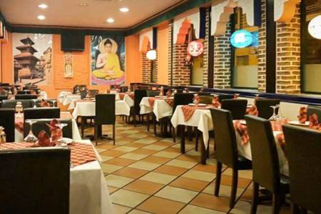 Kathmandu Tandoori House Nepali & Indian Cuisine, Restaurante Madrid Barajas #0