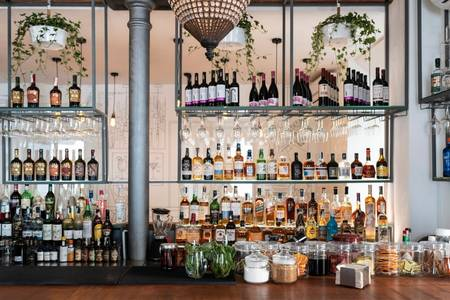 Entre Santos Cocktail Bar and Food, Bar Madrid Chueca #0