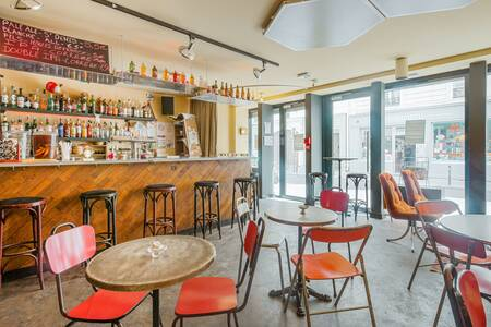 Terrain Vague, Bar Paris Voltaire #0