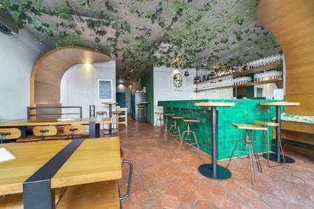 228 LITRES, Bar Paris Pigalle #0