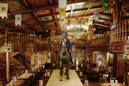 King Ludwig's Castle, Restaurant Chessy  #0