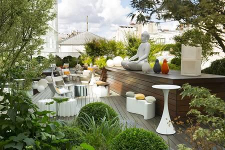 SOLIS Bar & Restaurant, Restaurant Paris Étoile #0