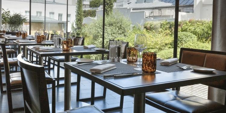 Le Makassar Lounge et Restaurant, Restaurant Paris Étoile #4
