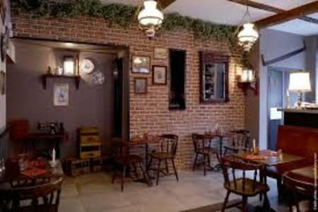 Estaminet Au Soyeux, Restaurant Lille Vieux Lille #0