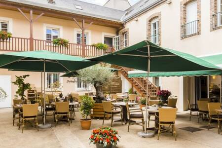 Hotel D'Angleterre, Salle de location Saint-Calais  #0