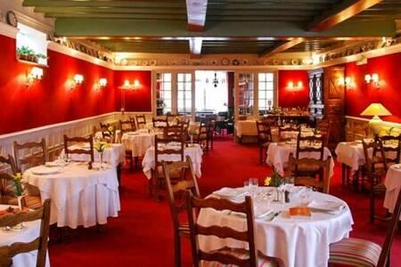 Hôtel-Restaurant Eychenne, Salle de location Saint-Girons  #0
