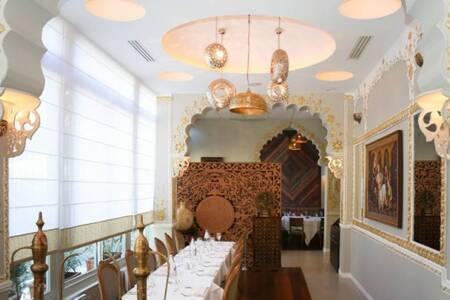 Jodhpur Palace, Restaurant Paris Picpus #0