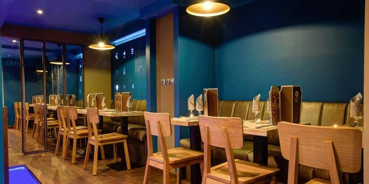 Le grand phénicien, Restaurant Paris Blanche #0