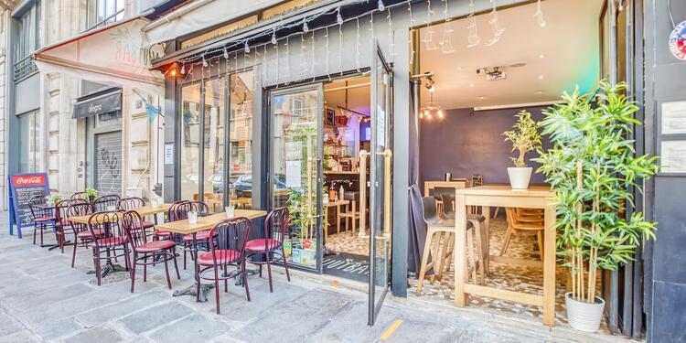 Njutbar, Bar Paris Bourse #0