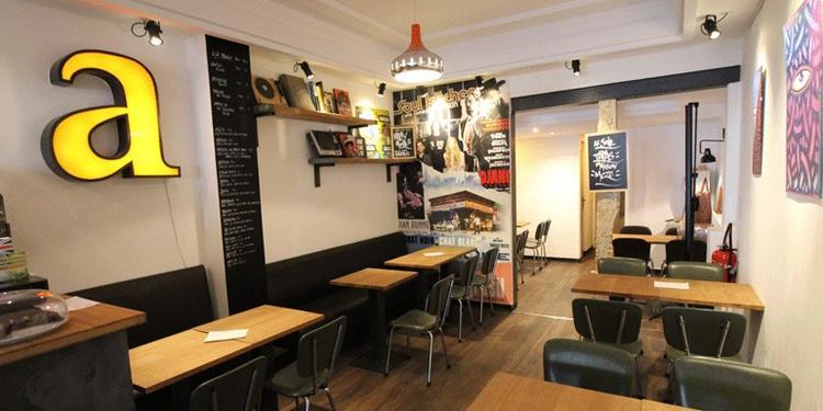 La Tête Ailleurs, Bar Paris Austerlitz #1