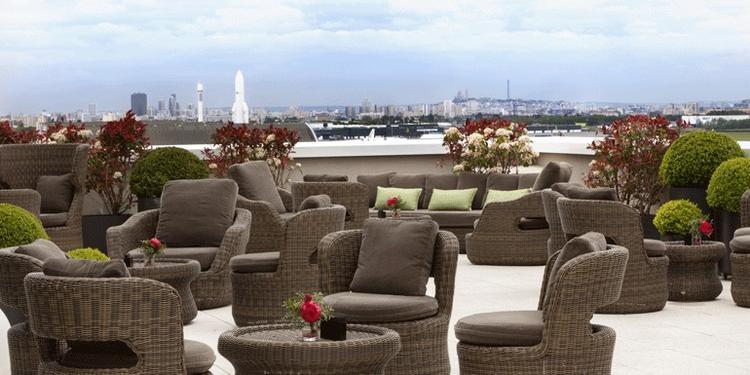 AC Hotel Paris Le Bourget : Terrasse et Salon, Salle de location Dugny Le Bourget  #0