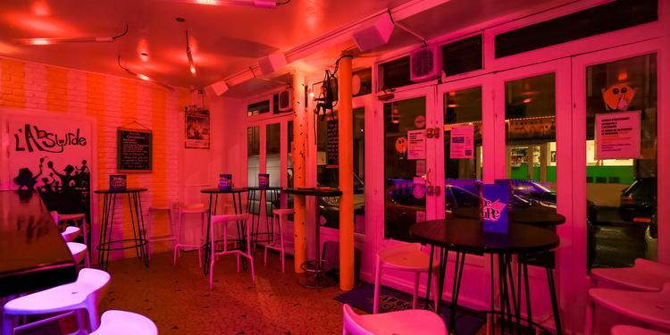 L'Absurde Imposture, Bar Paris Sacré-Coeur #3