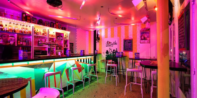 L'Absurde Imposture, Bar Paris Sacré-Coeur #4
